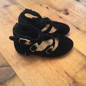 Old Navy velvet shoes with cat buckles. Toddler 6